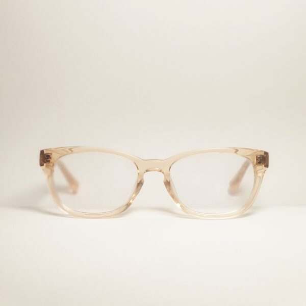 Perregimi pastelinio atspalvio akiniai